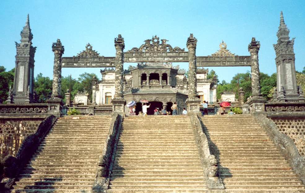 hue-imperial-city-a-preservation-of-special-cultural-marks (3).jpg